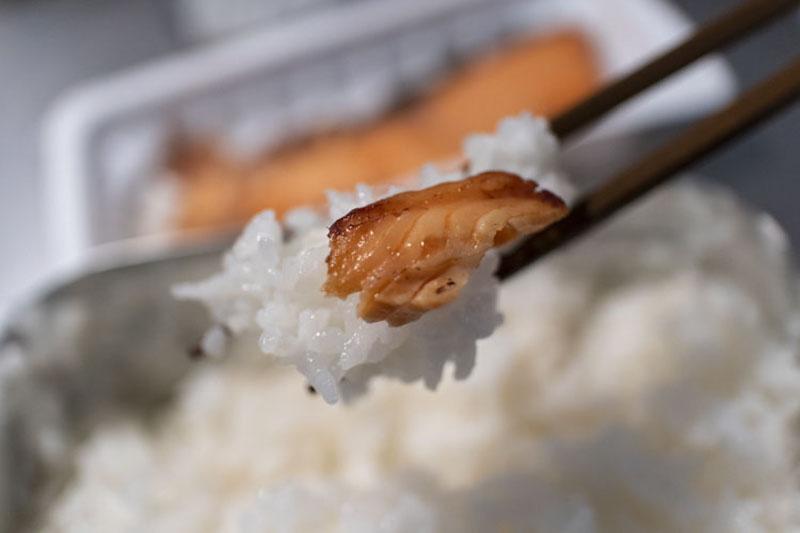 メスティンとエスビット(固形燃料)で米を上手に炊く方法