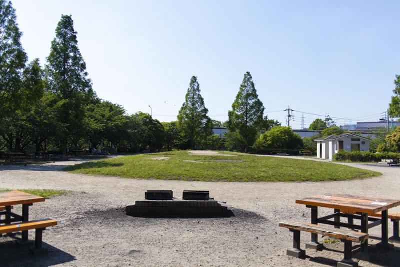 荒子川公園バーベキュー場の中心