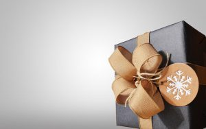 """キャンプ好きな""""あの人""""へ贈るプレゼント。おしゃれアウトドア用品12選"""