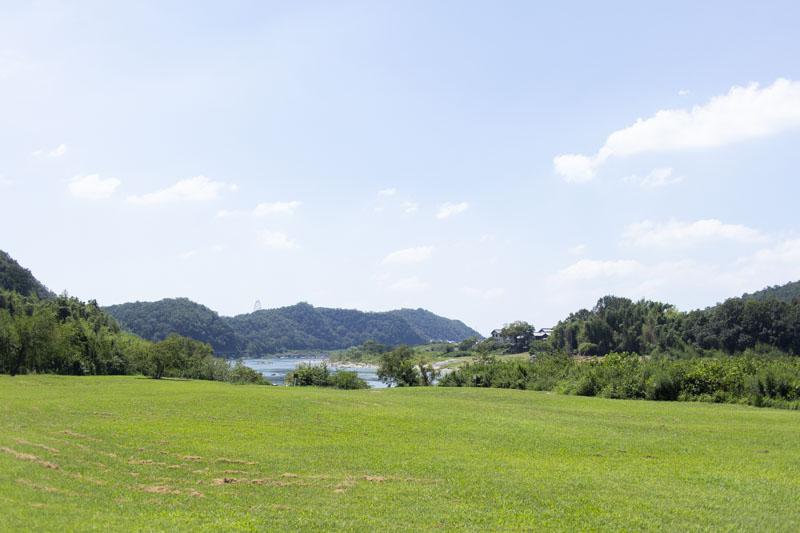 キャンプ場から見える木曽川