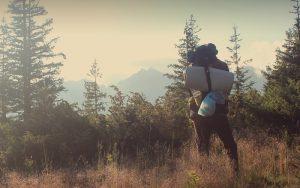 ソロキャンプ用バックパックのおすすめ6選。ミリタリーで行くバックパックキャンプ