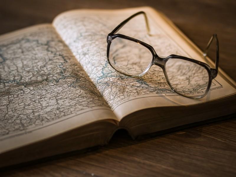 Audible歴史関連のおすすめ本10選!日本史や世界史の勉強をオーディオブックで!